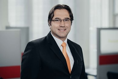 Luis Fernando Reyes Ramírez, Legal Acting Partner