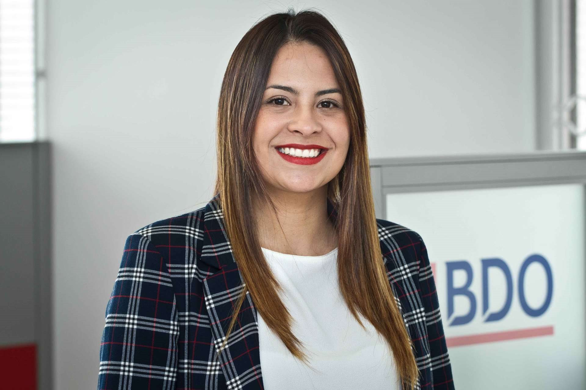 Ivonne Maritza Acosta Plazas, Senior Manager Tax